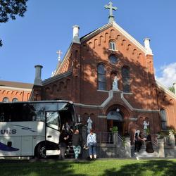 bus outside the Shrine
